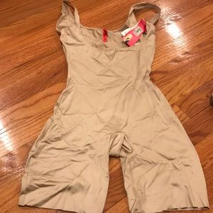 Spanx Open Bust Suit- Sz Small